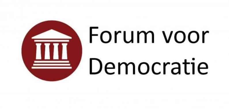 Leden FVD: massaal voor opnemen Zwarte Piet en vuurwerk in verkiezingsprogramma